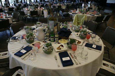 08 Luncheon tables